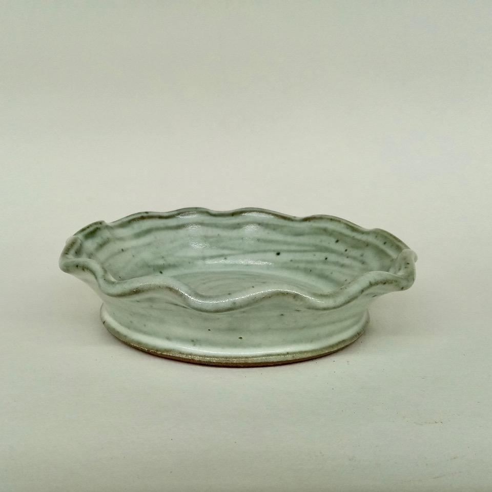JL84- Anne's White Small Pie Plate