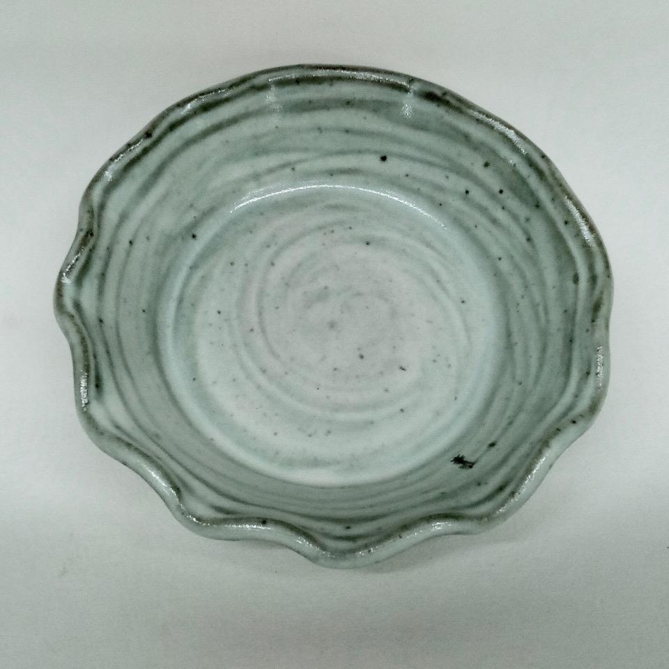 JL84-Annes-White-Small-Pie-Plate