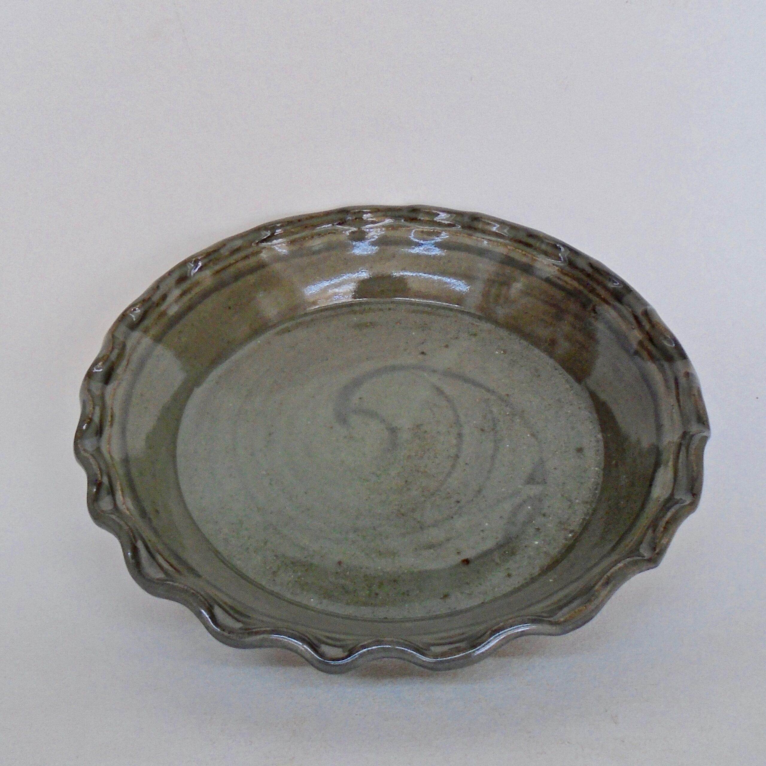 JL189: Soft Celadon Pie Plate