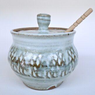 JL80: Anne's White Honey Pot