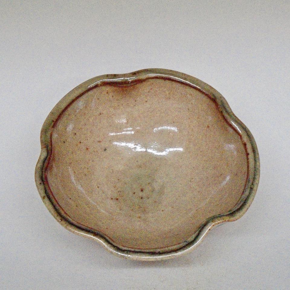 Small Shino Lobe Bowl
