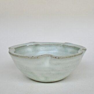 JL175: Small Anne's White Lobe Bowl