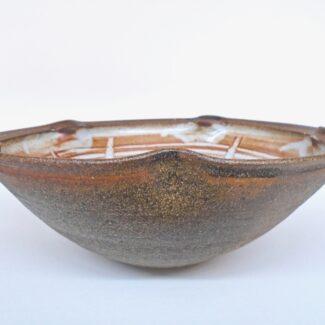 JL302: Shino W/Wash Lobe Bowl