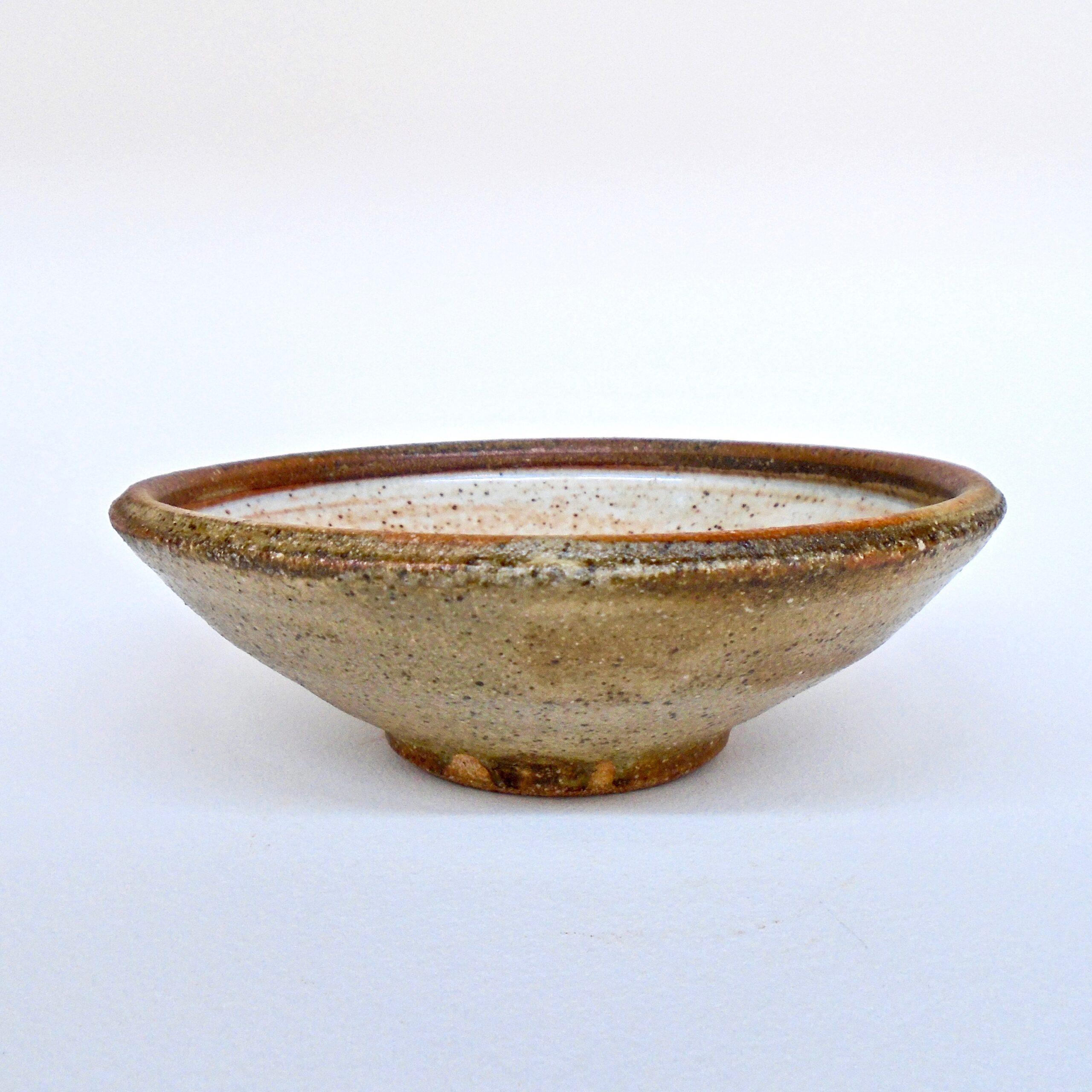 JL303: Shino W/Wash Soup Bowl
