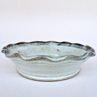 JL308: Anne's White Small Pie Plate
