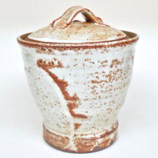 JL391: Medium Shino Covered Jar