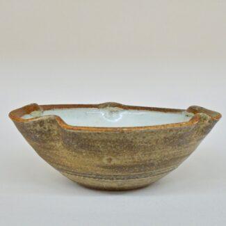 JL436: Anne's White W/wash Lobe Bowl
