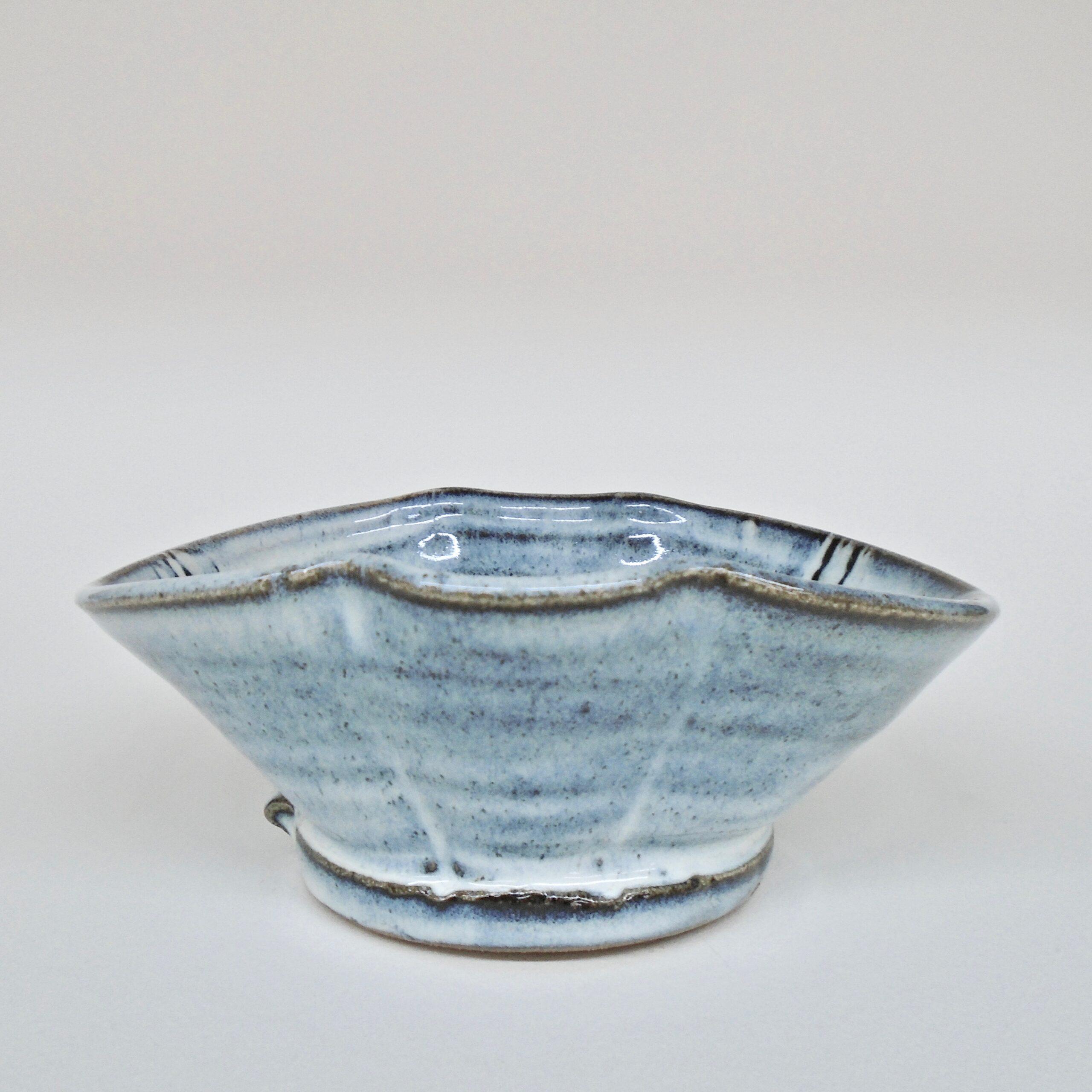 JL448: Anne's White Oval Bowl